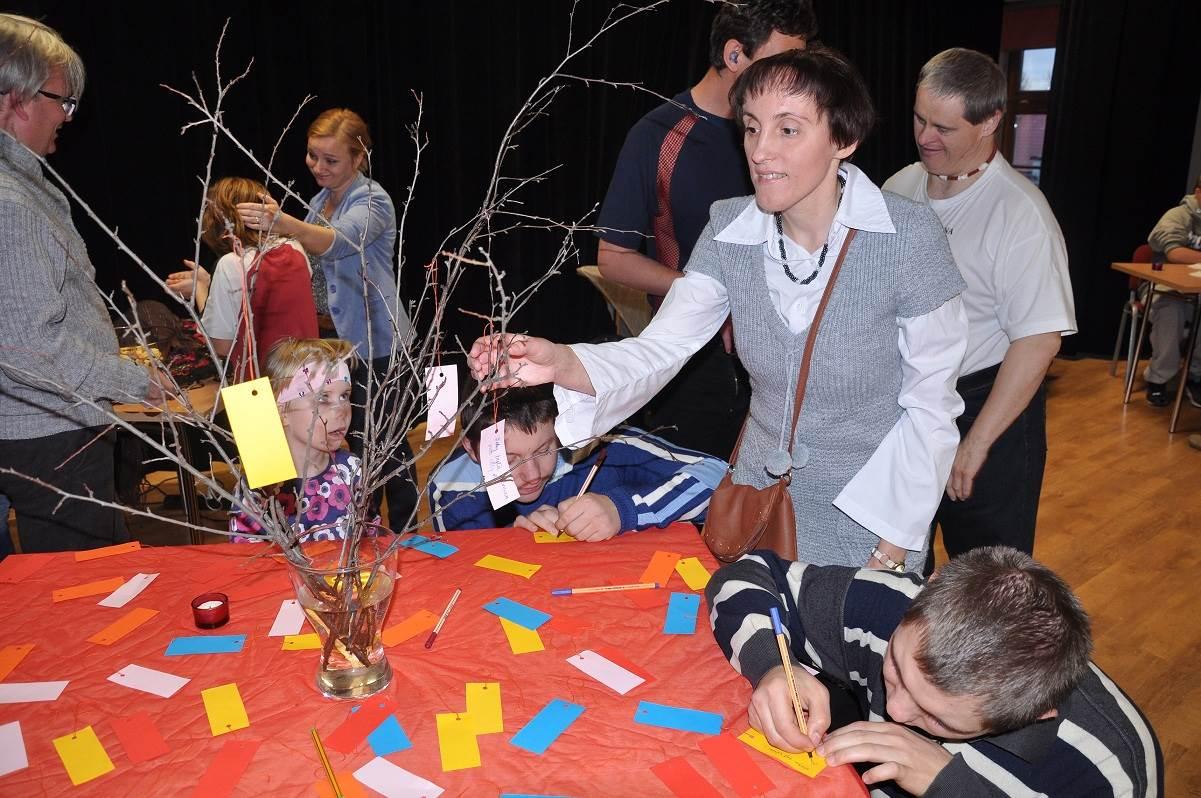 Zabawa Andrzejkowa dla osób niepełnosprawnych - 2013